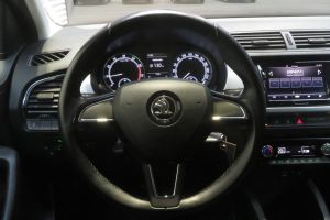 Škoda Fabia Ambition MPI 5-dr #906151 KL*